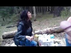 دوربین سکس خواهر با برادر مخفی ضبط زیبایی از زیبایی کمی با یک دوست
