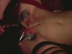 خیاطی روی میز سکس برادر و خواهر با مشتری بلوند